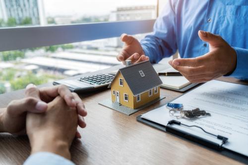 House Model On Mortgage Advice Desk